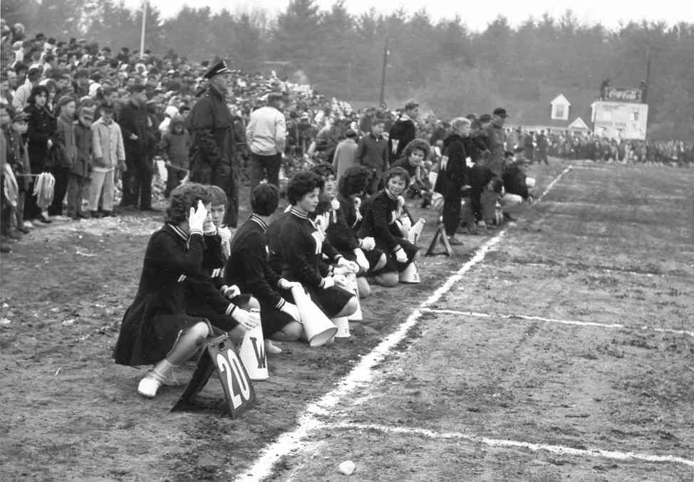 cheerleaders_tewksbury.jpg